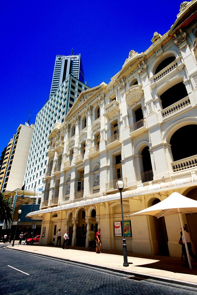 His Majesty's Theatre in Perth CBD in sunlight
